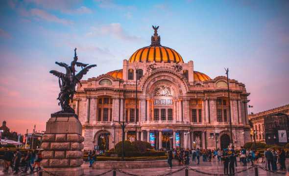Palacio de Bellas Artes - top 8 places to visit when in Mexico City