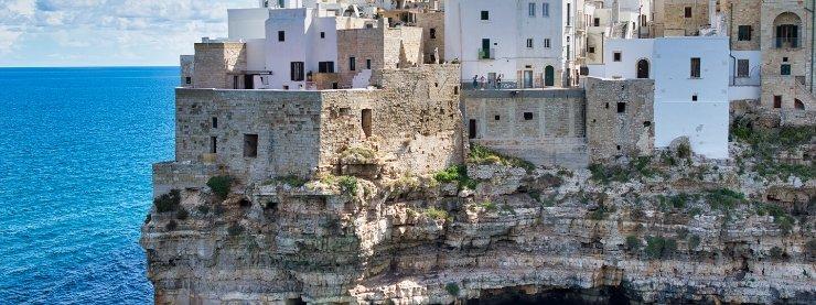 Bari-Cliff-Old-Town